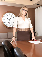 60 Plus MILFs - Luna Azul, horny teacher - Luna Azul (58 Photos)