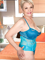 60 Plus MILFs - This time, a creampie - Lin Boyde (43 Photos)